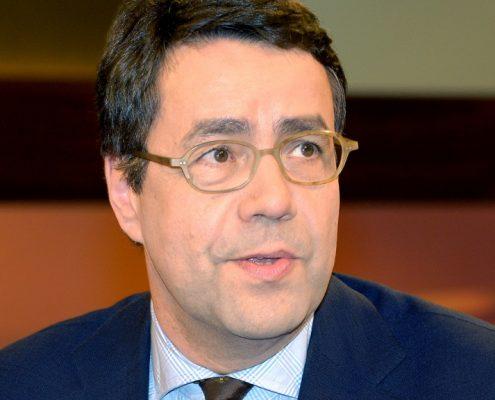 Prof. Moritz Hunzinger